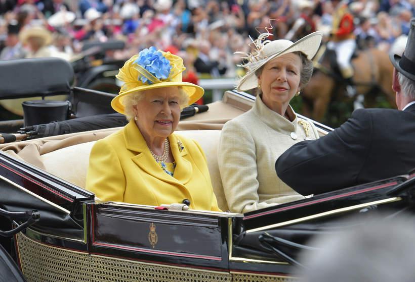 Królowa Elżbieta II, księżniczka Anna