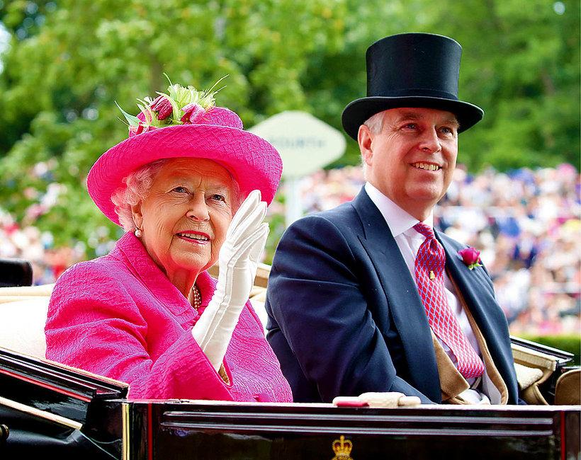 Książę Andrzej syn królowej Elżbiety II, Elżbieta II