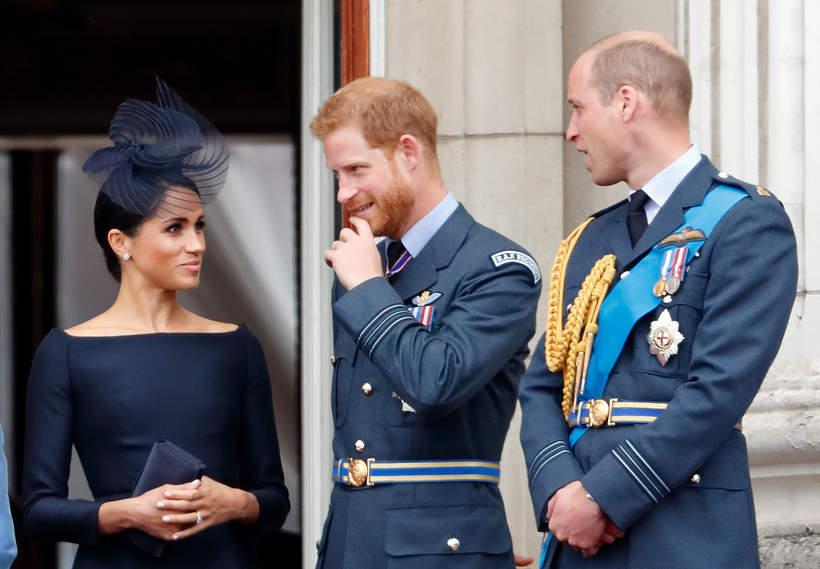 książę Harry i książę William i Meghan