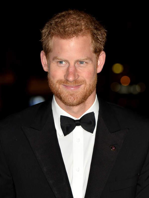 Książę Harry ujawni, dlaczego odszedł z rodziny królewskiej?