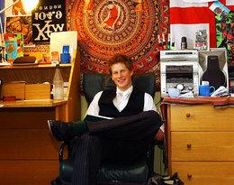 Tak wyglądał pokój księcia Harry'ego w internacie. Uwagę zwraca plakat ze znaną aktorką!