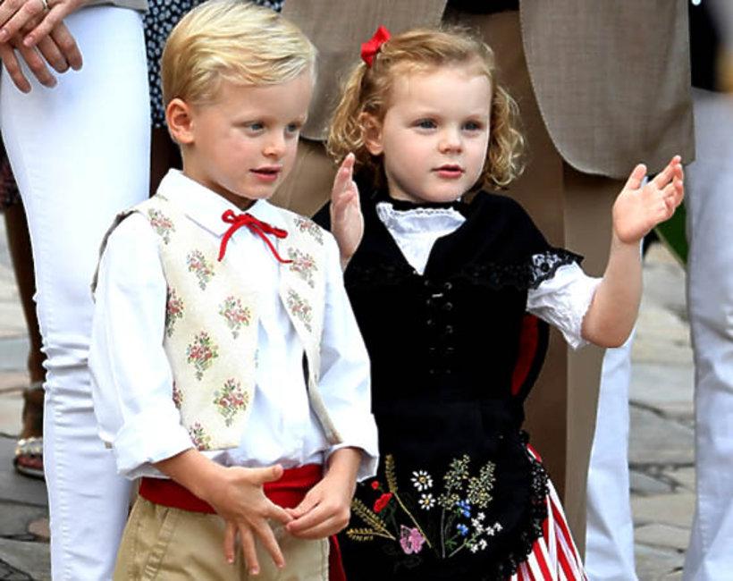 książę Jakub i księżniczka Gabriela z Monako, dzieci księcia Alberta i księżnej Charlene