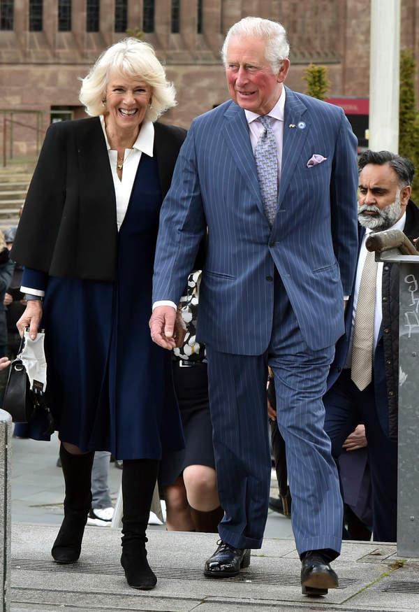 Książę Karol i księżna Camilla wrócili do królewskich obowiązków