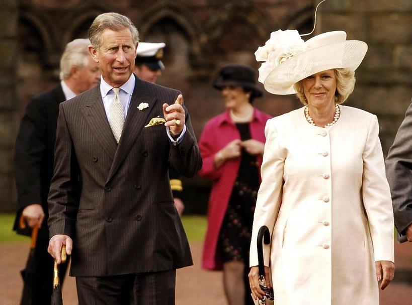Książę Karol, księżna Camilla, Karol i Camilla, 2004 rok