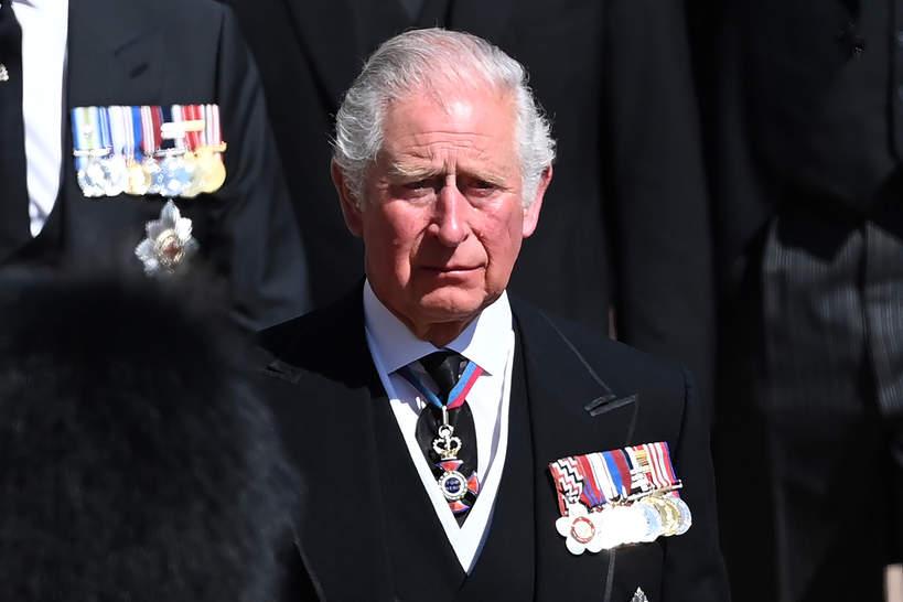 Książę Karol na pogrzebie ojca, księcia Filipa