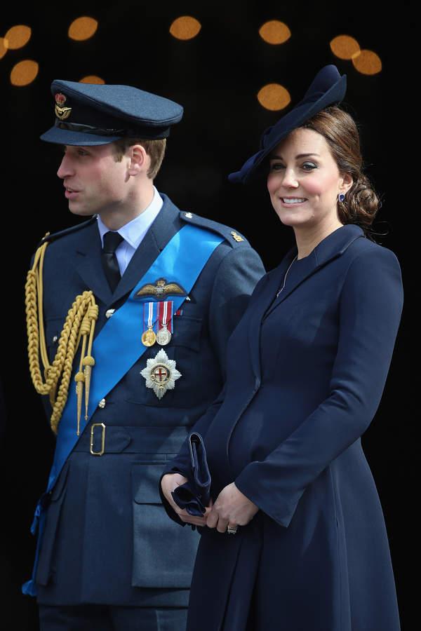 Książę William i ciężarna księżna Kate