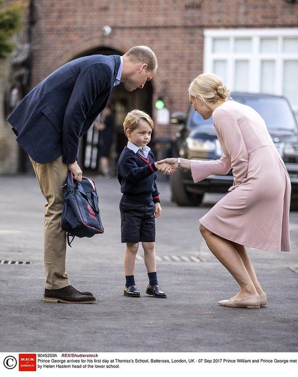 Książę William i książę George pierwszego dnia szkoły