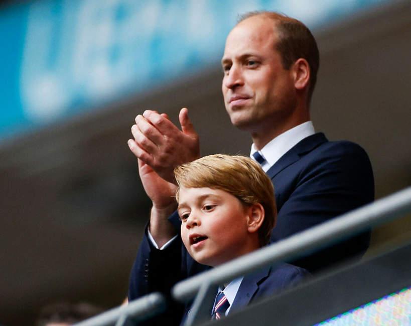 Książę William, księżna Kate i książę George kibicowali Anglii na finale Euro 2020. Zdjęcia