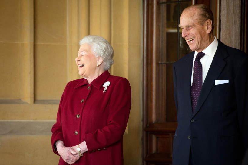 KsiążęFilip rozśmiesza królową