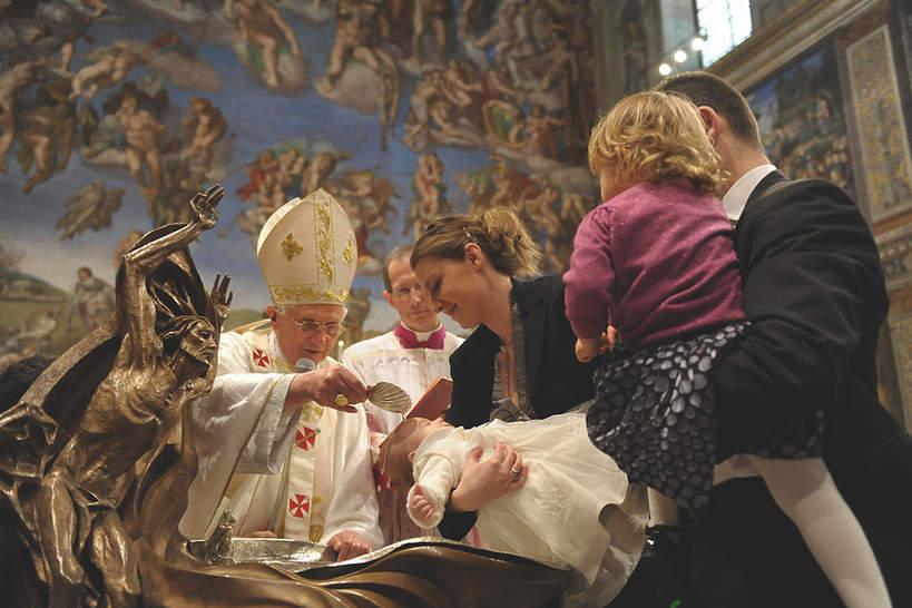 Książka Kobieta w Watykanie