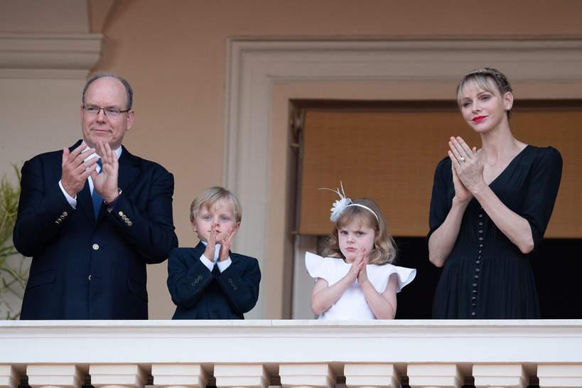 Księżna Charlene, Monako, monakijska rodzina królewska, książęAlbert