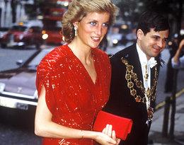 Torebki Diany, Kate i królowej Elżbiety nie są zwyczajnymi dodatkami...