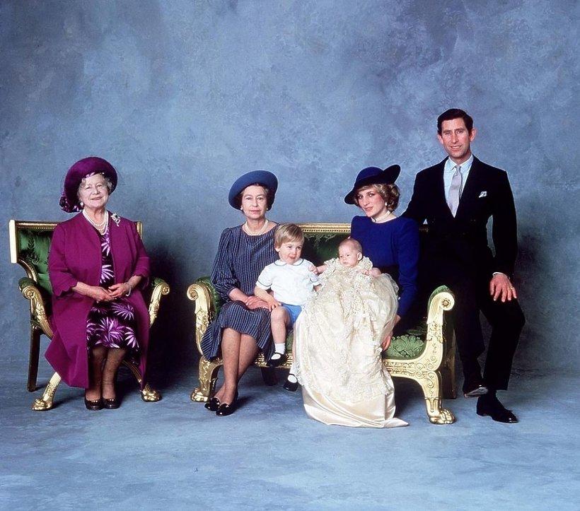 Księżna Diana - chrzest księcia Harry'ego