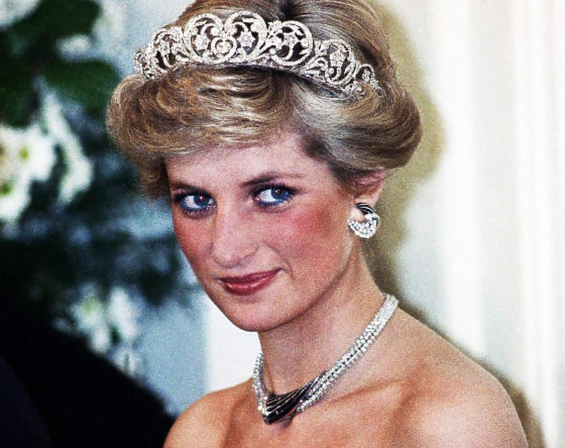 księżna Diana, co łączyło ją z Hasnatem Khanem