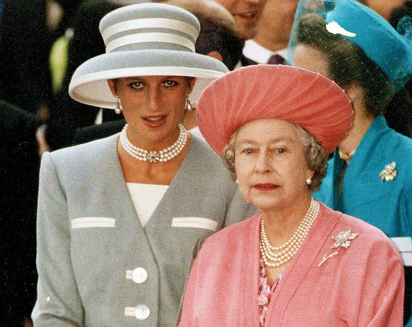 Księżna Diana i królowa Elżbieta