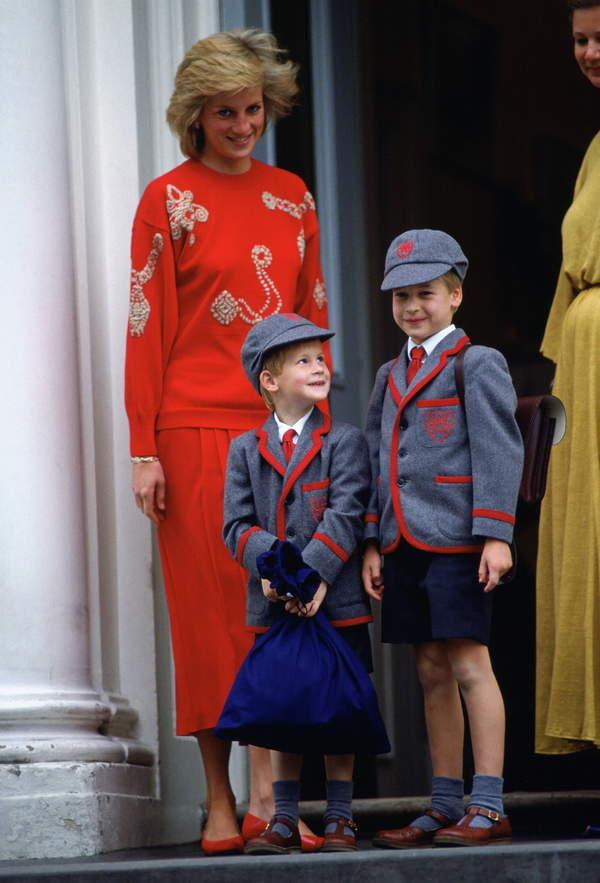 Księżna Diana z synami Harrym i Williamem