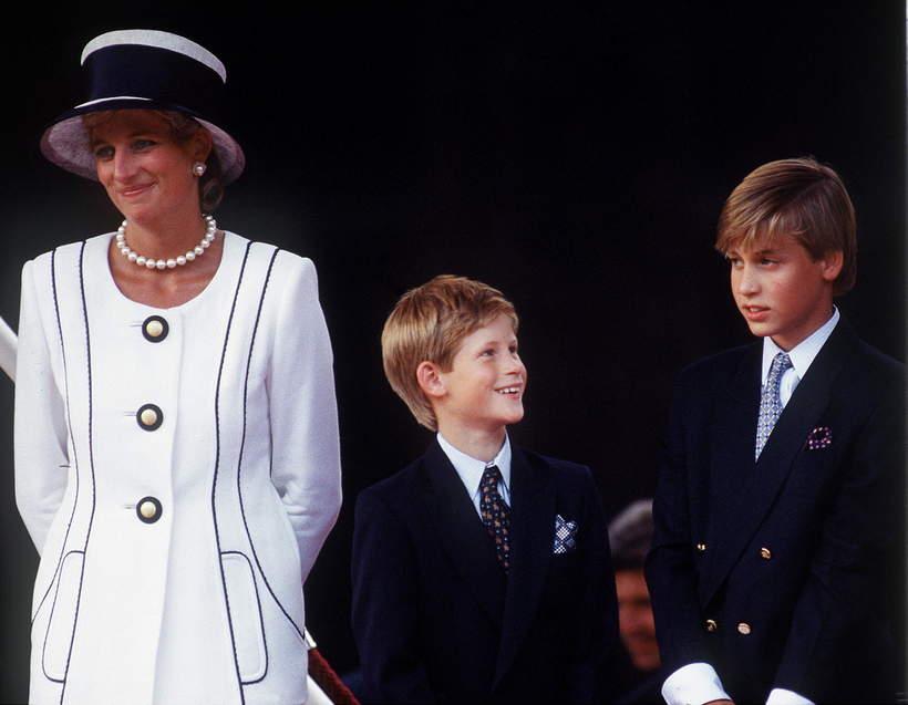 Księżna Diana z synami Williamem i Harrym