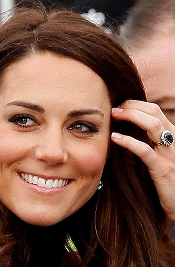 księżna Kate, pierścionek zaręczynowy