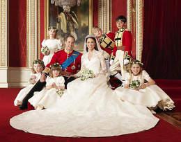 Przed ślubem księżna Kate zalała się łzami! Powodem była suknia ślubna