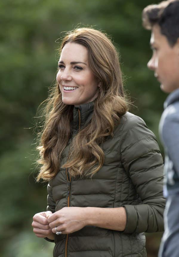 Księżna Kate w doczepach