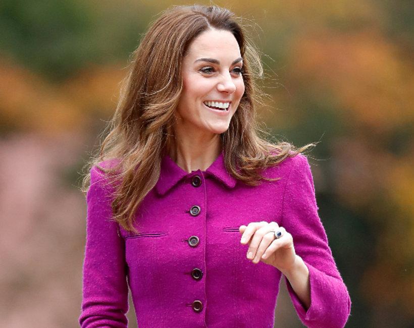 Księżna Kate w fioletowej sukience, księżna Kate 2019Księżna Kate w fioletowej sukience, księżna Kate 2019