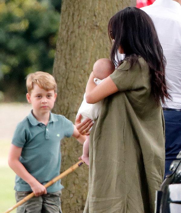Księżna Meghan, Archie Harrison, książę George