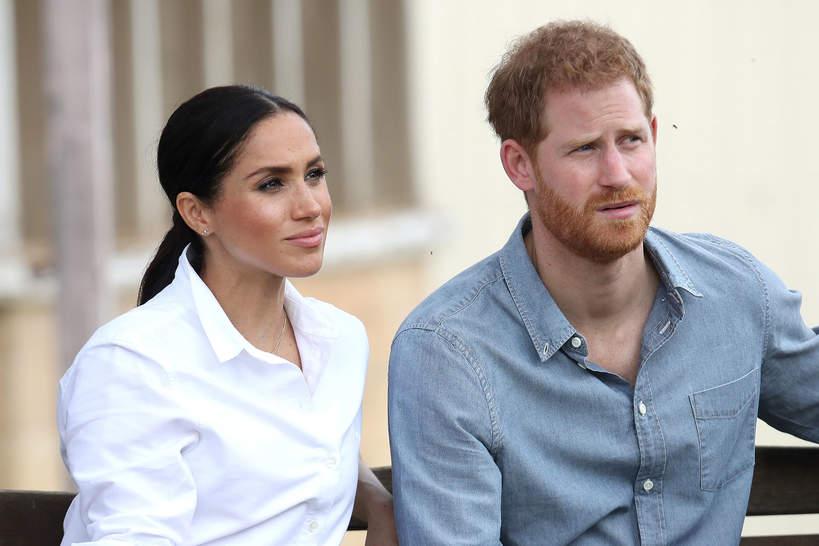 Księżna Meghan i książę Harry negocjują warunki umowy z Elżbietą II