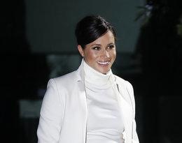 Księżna Meghan w białej sukience, stylizacja księżnej Meghan