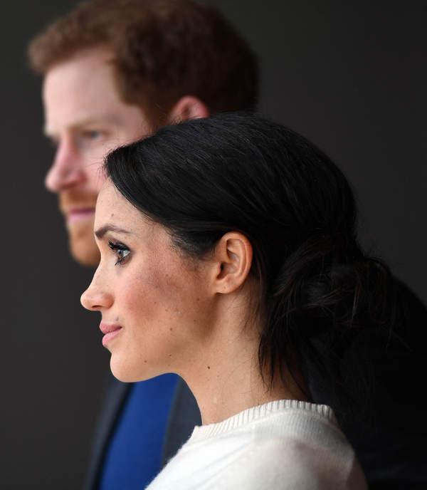 Księżna Meghan zmieniła nazwisko w dokumentach syna