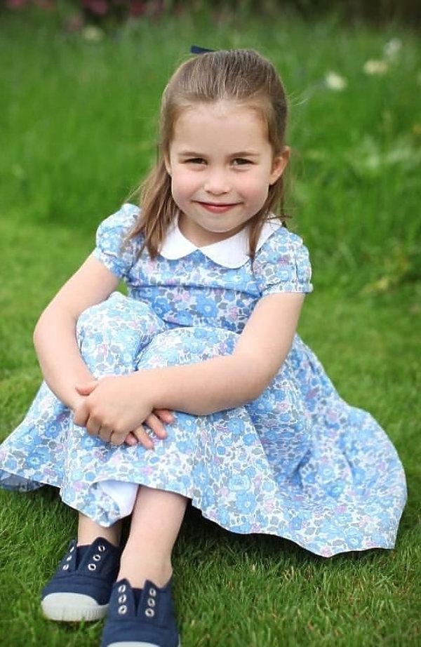 Księżniczka Charlotte - oficjalne zdjęcie