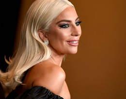Lady Gaga już nie ukrywa nowego partnera! Wokalistka bawiła się z nim na Super Bowl