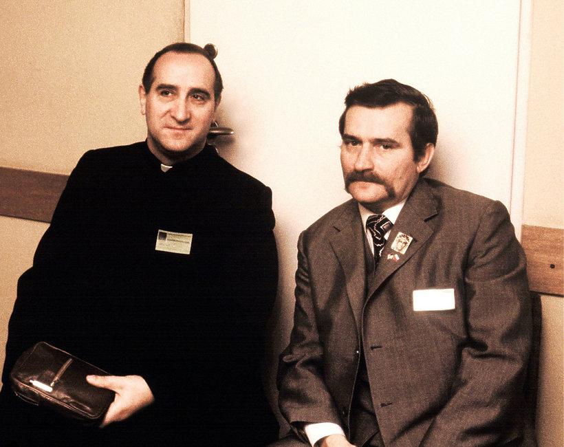Lech Wałęsa, ks. Franciszek Cybula