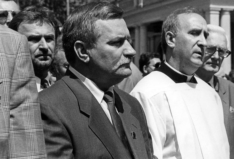 Lech Wałęsa, ksiądz Franciszek Cybula