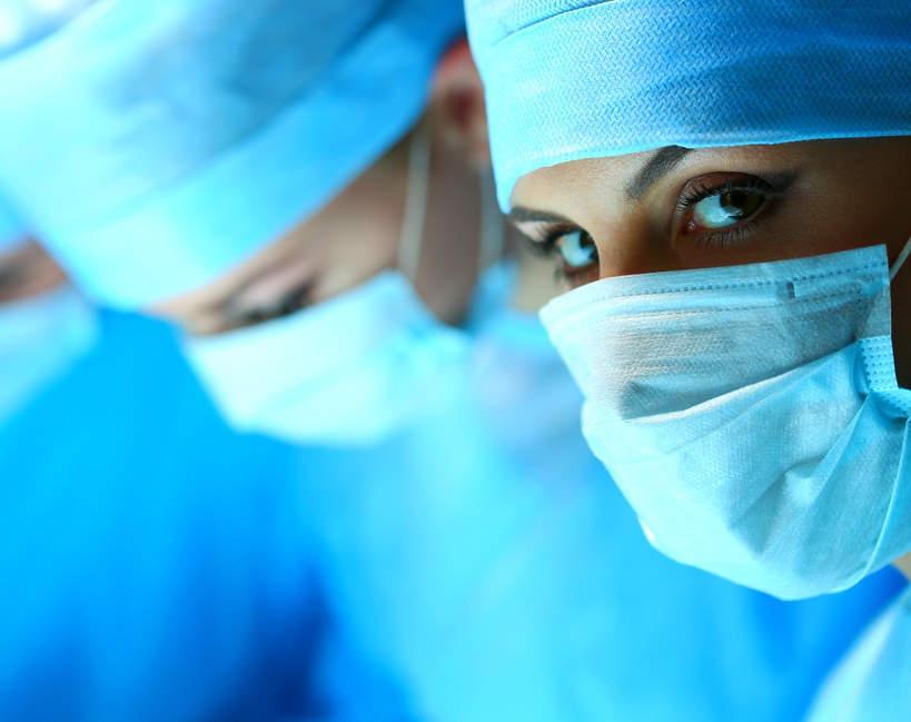 Lekarze, koronawirus, wirus