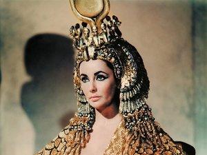 Liz Taylor jako Kleoptara