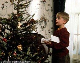 Macaulay Culkin w świątecznym swetrze