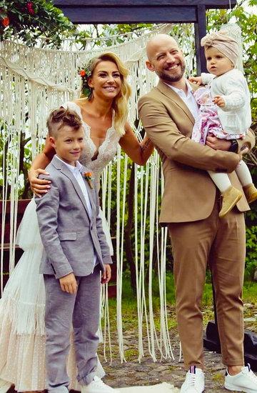 Magdalena Soszyńska z mężem i dziećmi
