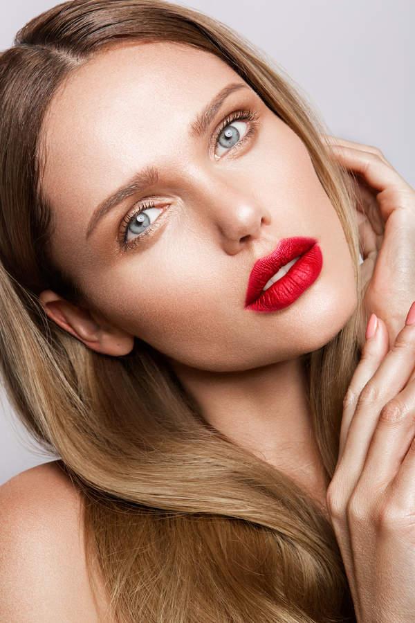 makijaż na dzień kobiet smoky eyes