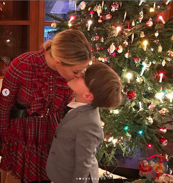 Małgorzata Rozenek-Majdan pocałowała syna w usta
