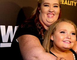 """Liczne skandale, areszt oraz spektakularna metamorfoza! Kontrowersyjna """"Mama June"""" schudła 130 kilogramów. Co jeszcze zrobi dla sławy?"""