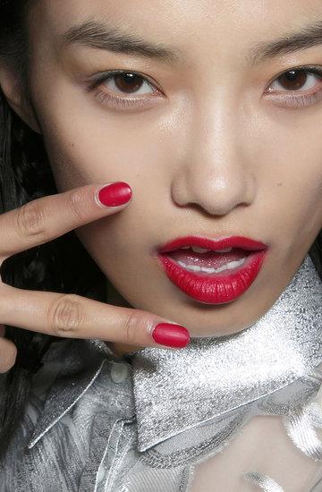 świąteczne wzorki manicure śnieżynki
