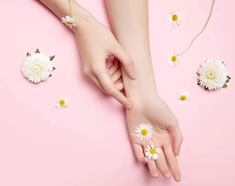 manicure w stokrotki 2021