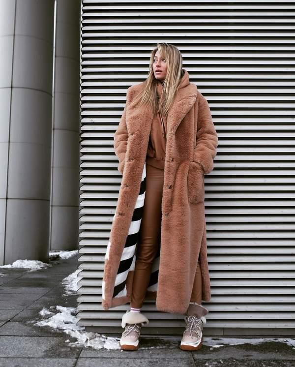 Marcelina Zawadzka w modnej zimowej stylizacji