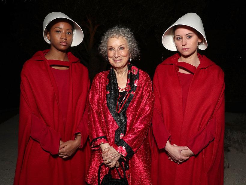 Margaret Atwood na rozdaniu Emmy 2017