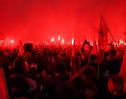 Starcia z policją, podpalone mieszkanie, wielu rannych. Fala oburzenia po Marszu Niepodległości
