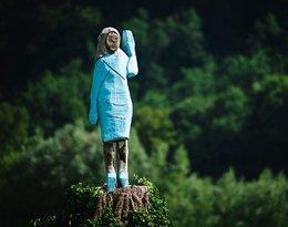 Melania Trump, pomnik