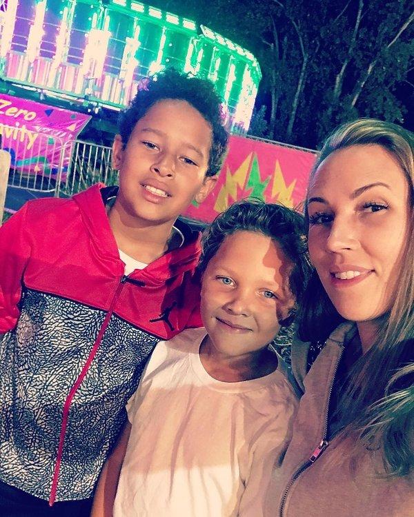 Melissa Meeks z synami