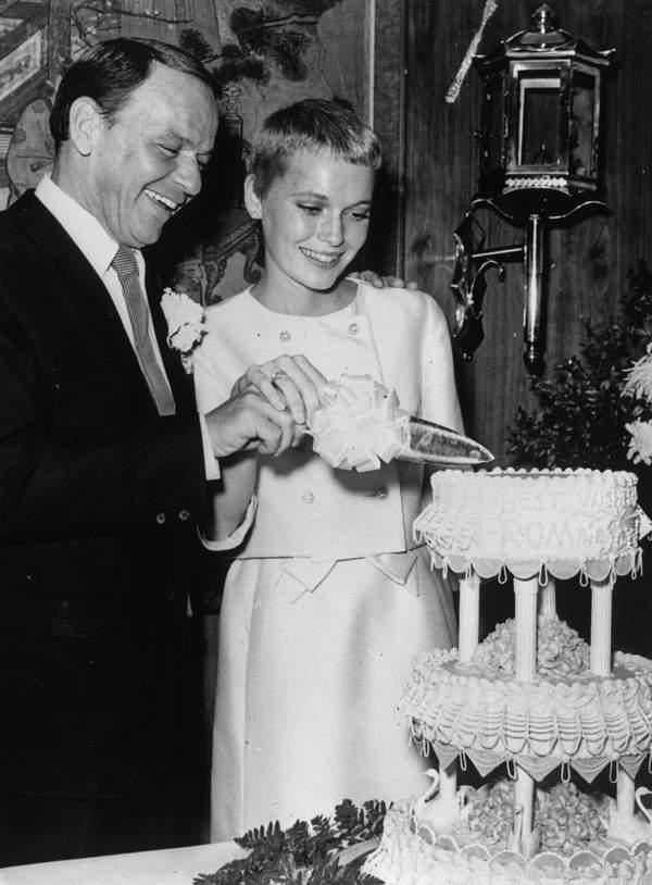 Mia Farrow i Frank Sinatra