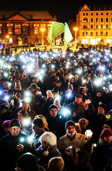 Miasta w hołdzie prezydentowi Pawłowi Adamowiczowi: Poznań