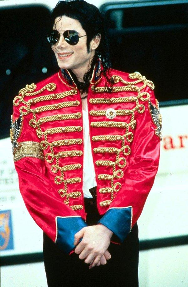 Michael Jackson, stylizacje, Don Valley Stadium 1997